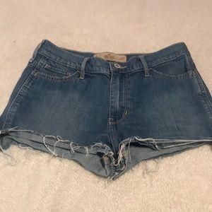 Hollister Denim High Rise Short Shorts